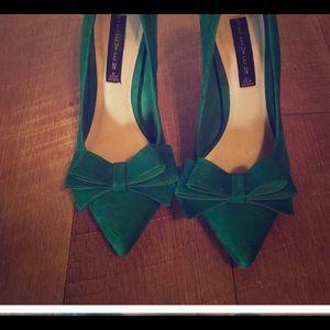Green suede Steve Madden heels